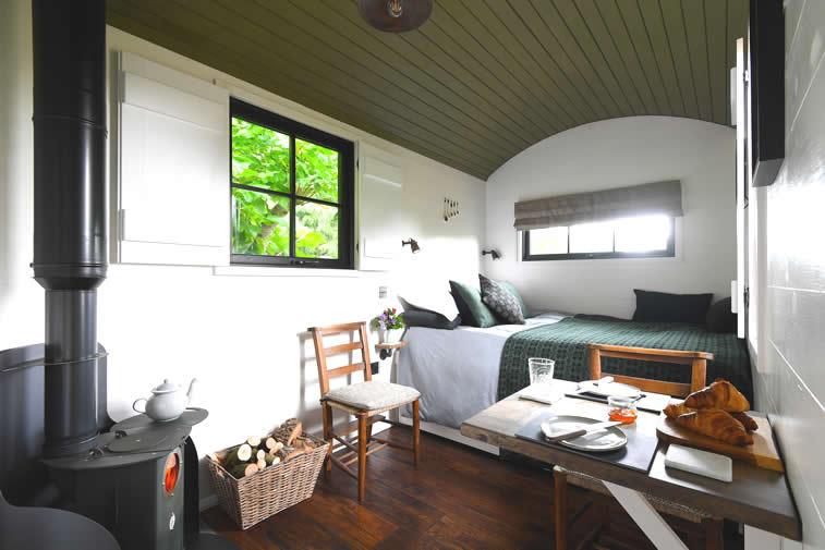 Bugail Hut at Hide St Donats